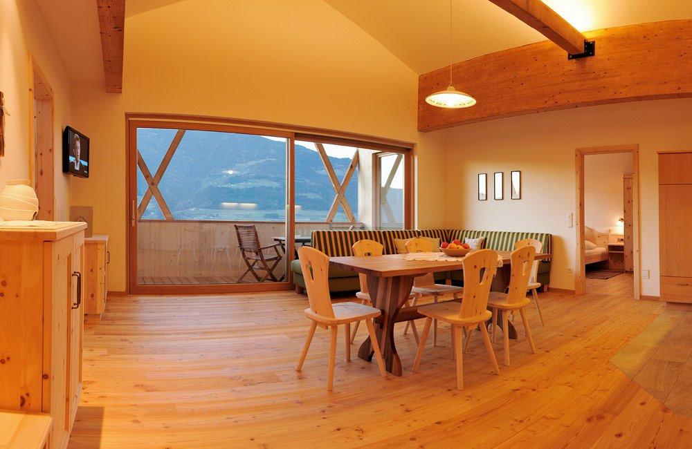 ihre ferienwohnung in brixen s dtirol. Black Bedroom Furniture Sets. Home Design Ideas